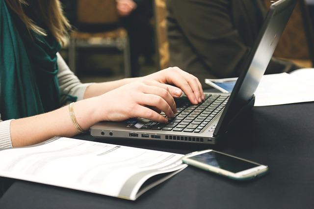 10 consejos para gestionar la página de su empresa en Facebook